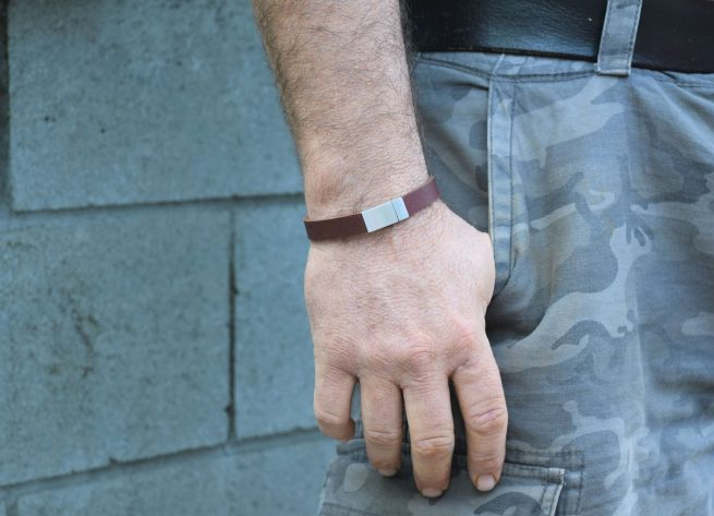 mens rustic brown leather bracelet with magnetic clasp australia