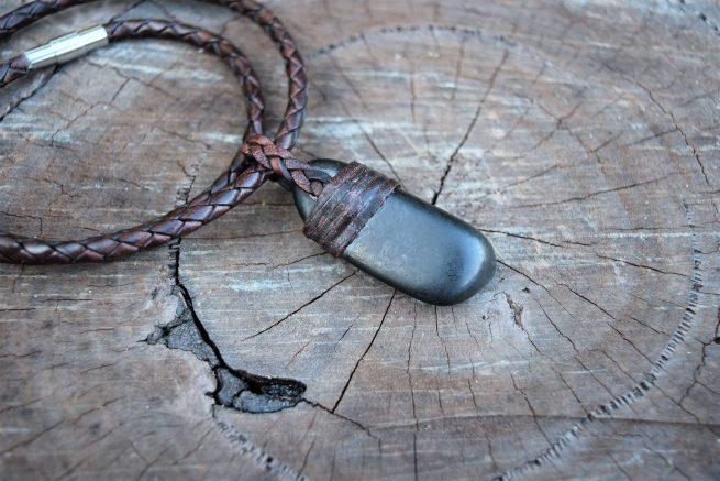raw shungite leather necklaces australia
