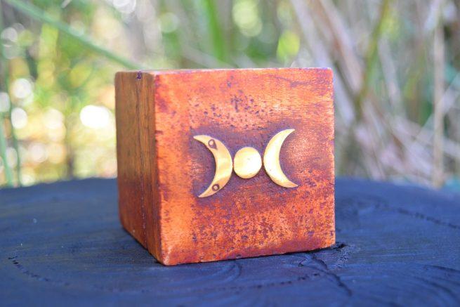 Triple Goddess Pendant Jewellery Box